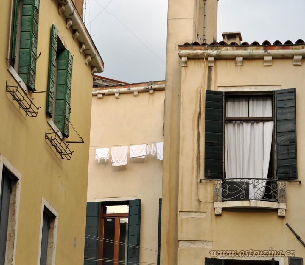 Benátky prádlo