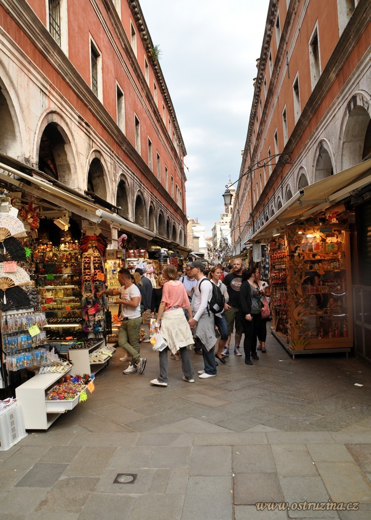 Benátky obchody